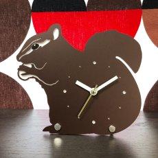 画像1: リスのシルエット時計 (1)