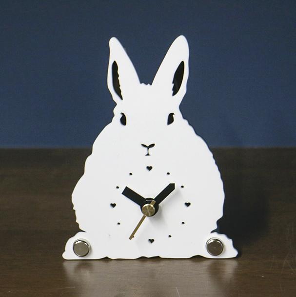 画像1: うさぎのシルエット時計 ミニ(立ち耳) (1)